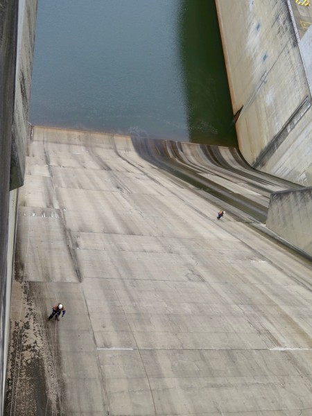 Dam wall inspection and hazard reduction 2018
